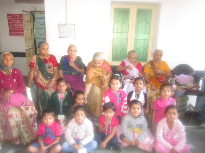 VISIT_TO_OLDAGE_HOME